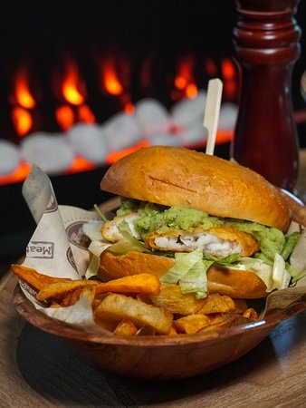 fish burger and homemade chips