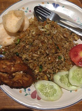 Juwita Cafe - Lake View: Friendster Rice Vegetable Egg Chicken