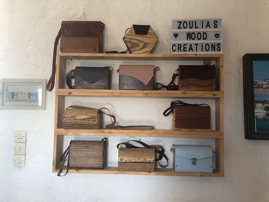 Come to our place to create your own unique wooden bag ...
