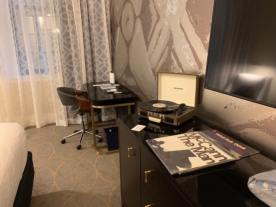 HOTEL SAINT LOUIS, AUTOGRAPH COLLECTION $159 ($̶1̶7̶4̶