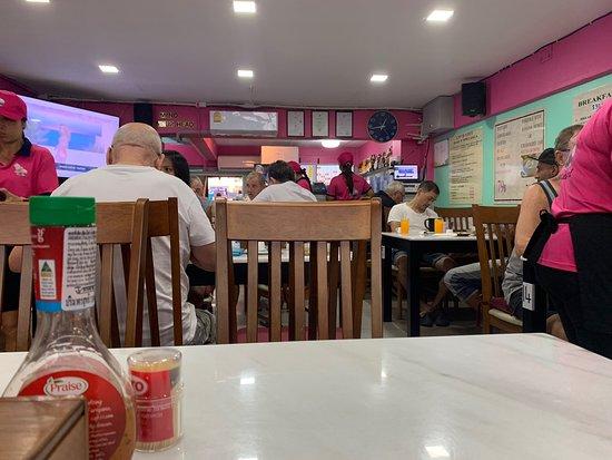 Hungry Hippo Pattaya Thailand - Restaurant Reviews, Photos