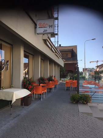 Buttikon, Švajcarska: Outdoor Restaurant
