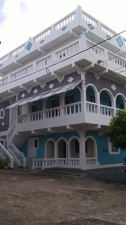 Manchioneal, Jamaica: Diamond Guest House Restaurant & Lounge