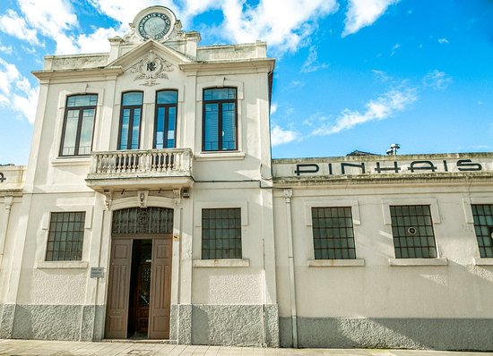 Matosinhos, Portugal: An historical building that houses canning traditionl for 99 years