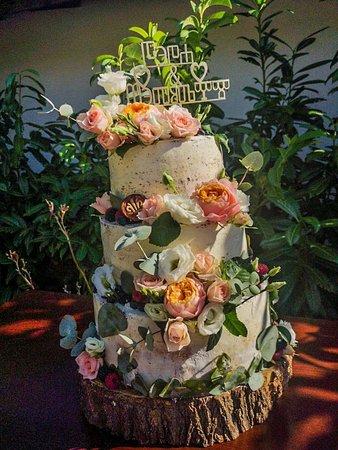 Wedding Cake ....