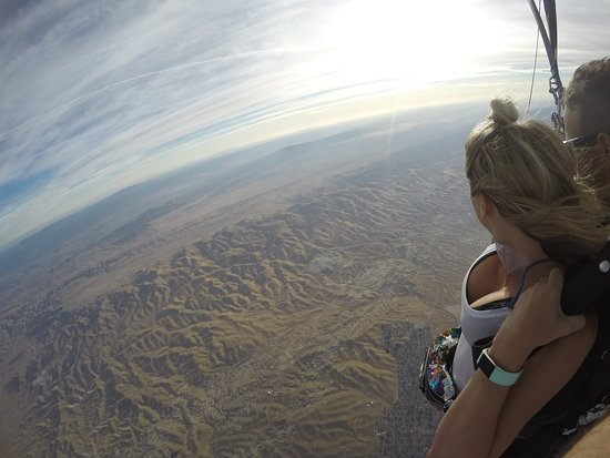 See the Iconic San Andreas Fault from under the canopy on your Tandem skydive with Skydive Taft!
