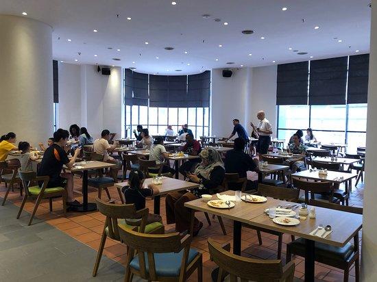 Breakfast Room Picture Of Hilton Garden Inn Kuala Lumpur Jalan Tuanku Abdul Rahman South Tripadvisor