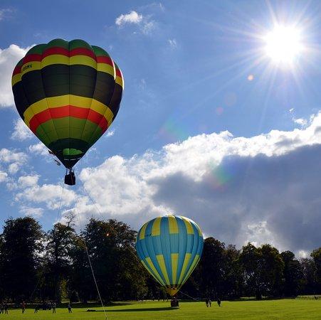Balleroy, Prancis: La fête des montgolfières