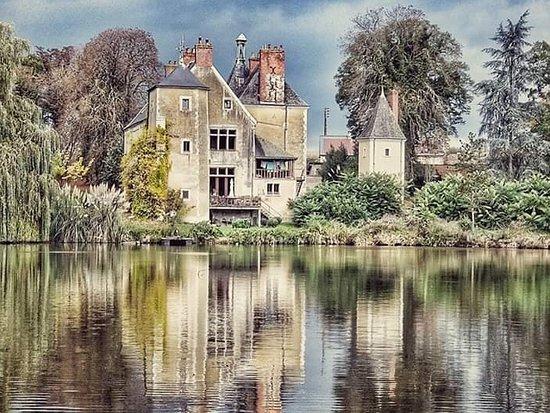 Noyen-sur-sarthe照片