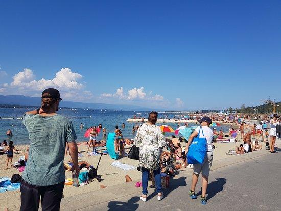 Foto de Sin colas: entrada a Geneve Plage en Ginebra
