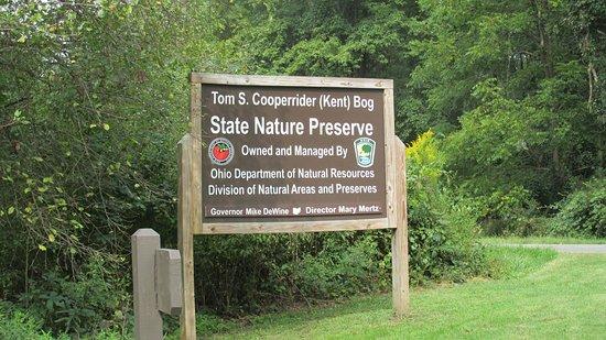 Cooperrider-Kent Bog entrance sign