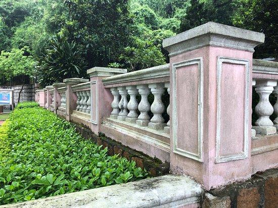 Jardim da Penha - nice wall mounts