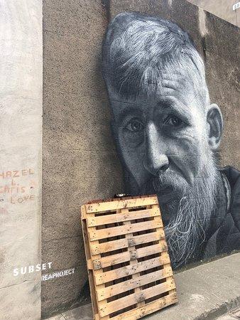 Homeless Walking Tour - Smithfield: street art