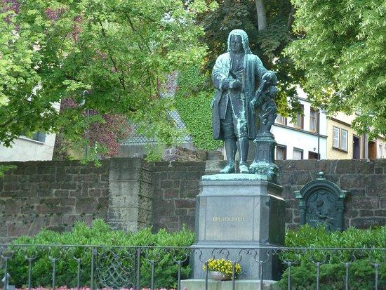 Bachdenkmal