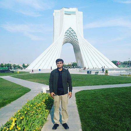 Azadi Tower Φωτογραφία