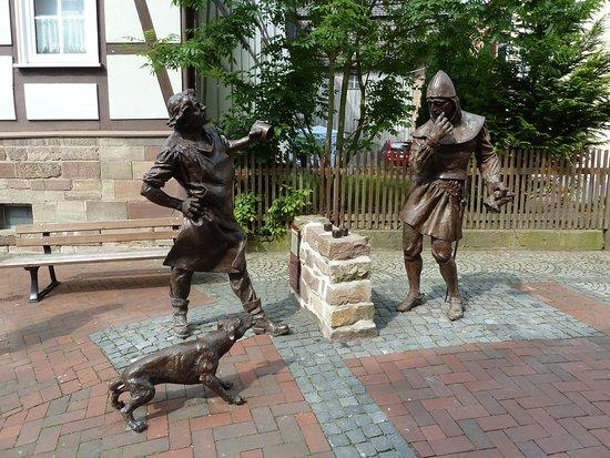 Wurfelspiel-Denkmal