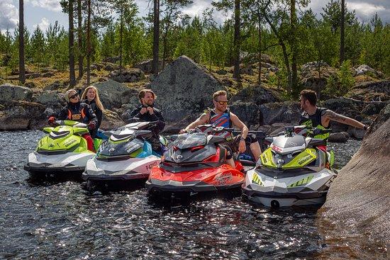 Oravi, Finland: Stops along pristine coastline.