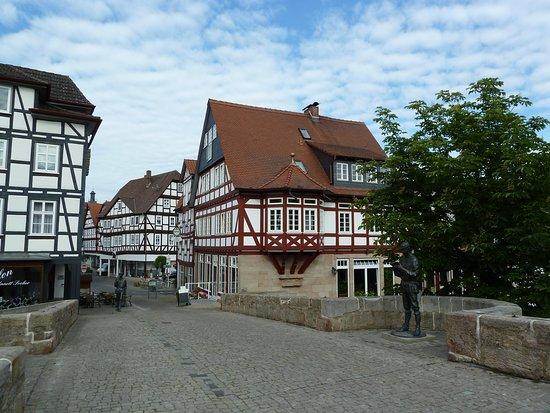 Bartenwetzer Denkmal