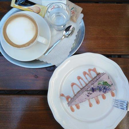 Vysny Medzev, Slovakia: Capuccino & cake