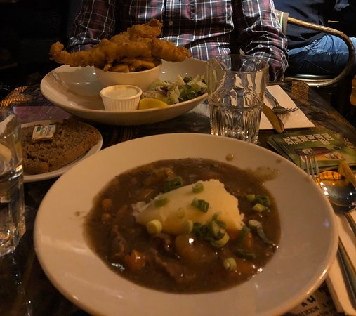 Murray's Bar: Delicious beef stew!