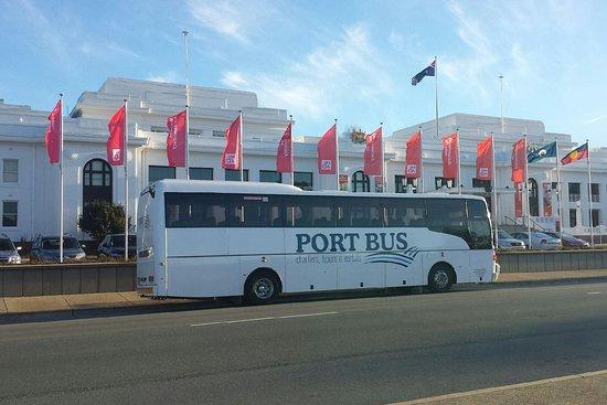 Port Bus