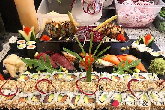 🍣🍱THE BEST SELECTION🍱🍣 Der Beste Start in die neue Woche! - Bei Sushi und Nem. Hier finden Sie die Beste Auswahl an frisch zubereiteten Sushi Meisterkreationen! Bei uns sind Ihnen keine Grenzen gesetzt, denn unsere Speisekarte verfügt über eine weitreichende große Auswahl von verschiedenen Spezialitäten bis hin zu hausgemachten Getränken!