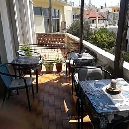 Zakros, Yunanistan: a new balcony with a view to enjoy your coffee or food🍺🍽️🍜