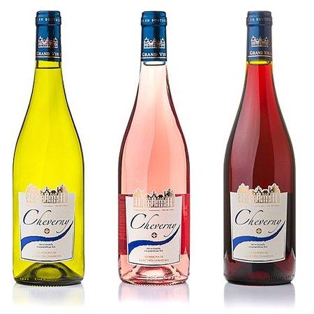 Mont-pres-Chambord, Frankrike: AOC Cheverny Blanc, Rosé et Rouge. Cuvée Classique, assemblage de l'ensemble des raisins de nos vignerons.