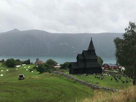 Urnes, Norge: Stunning view from the hill.