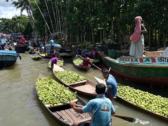 Barisal Division, Bangladesh: Guava Floating Market
