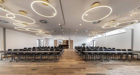 Laupheim, Németország: Größere Seminar, Workshops, Schulungen Tagungen? Unser Tagungsraum bietet für jeden Anlass Platz