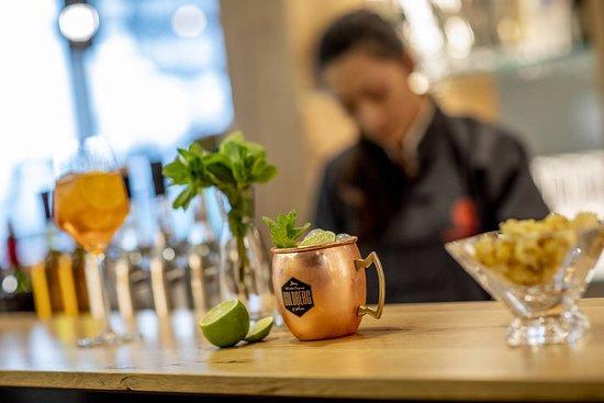 Laupheim, Németország: Lassen Sie Ihren Tag an unserer Bar entspannt ausklingen.