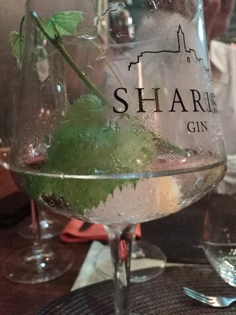 Au Cor de Chasse : Cocktail with Gin