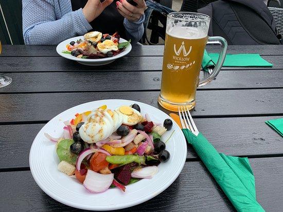 Glendasan River Restaurant: Veg salad with a pint of Irish beer