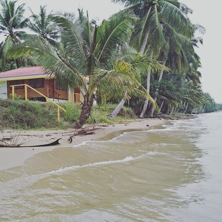 Aborlan, Filippinene: bungalow beachfront