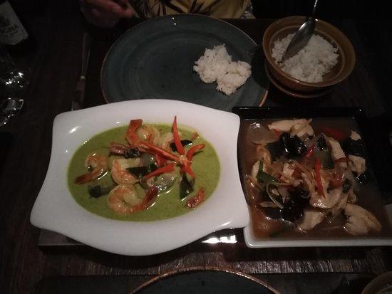 Valangin, Sveits: Secondi piatti menu Bangkok