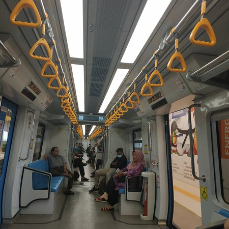 Mahmud Badaruddin Ii Airport: LRT from Airport, nice and affordable