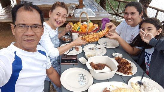 Cavinti, Filippinene: Brunch with friends