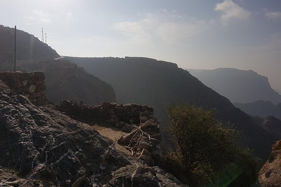 Jabal Akhdar Tours