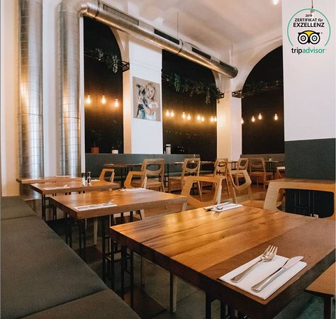 Cafe Restaurant Leto