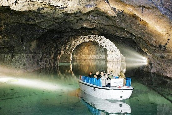 Privat tur til Prometheus Cave...