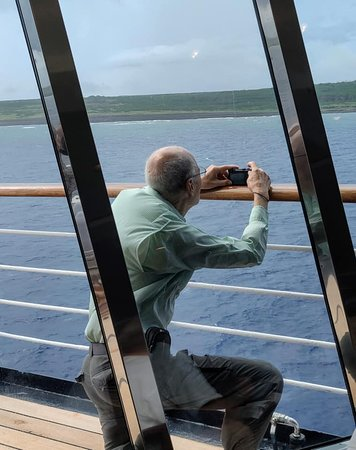 Iwo Jima, Japani: Time to make photos.