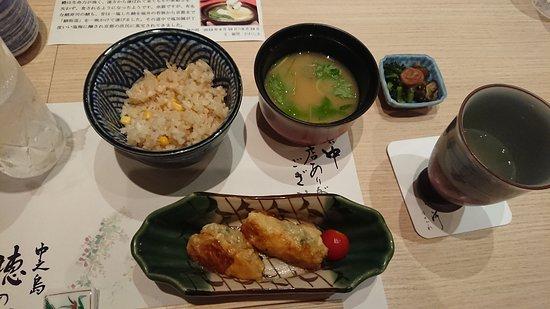 Nakanoshima Hanokawa: 6品目のゆば巻き餃子と〆のご飯。コーンの炊き込みご飯! 限界も近いが食べれてしまう~