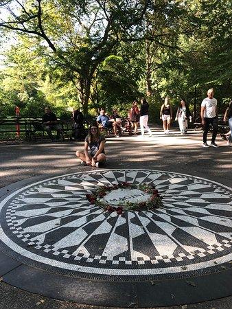 Strawberry Fields, John Lennon Memorial (New York City