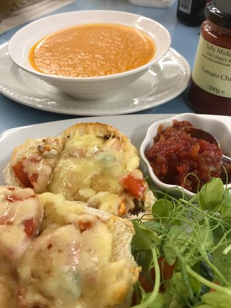 Potter Brompton, UK: September Special  Trio of Tomatoes  Soup,Rarebit and Tomato Chutney