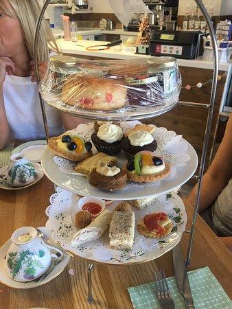 Hazel Grove, UK: Afternoon tea