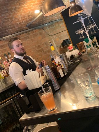 Amazing cocktail class