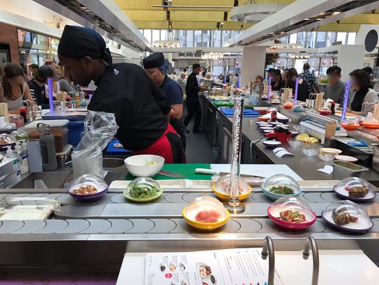 Yo! Sushi - Harvey Nichols: The two-lane belt