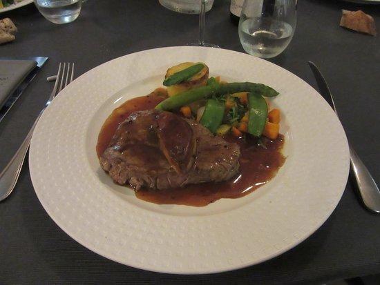 Saint-Ybard, Frankrike: La filet de bœuf au foie gras