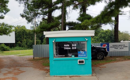 Marshall, AR: ticket office for the Kenda Drive-In